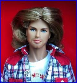 13 FRDynamite Girls Take It Easy Cruz Dressed Figure DollLove RevolutionMIB