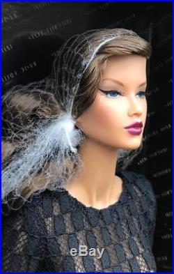 16 Integrity ToysDecisive Elsa Lin ITBE Dressed DollLE 200NIBNRFB