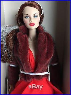 2015 Cinematic Convention FR Erin S In Rouges Dressed Fashion Royalty Doll NRFB