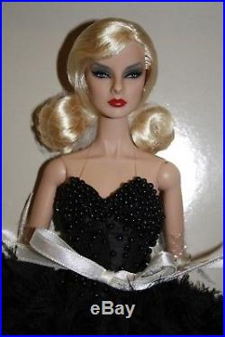Dark Romance Giselle Dressed Doll NRFB Jason Wu Event Exclusive LE425 Nu Face
