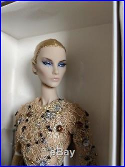 Elyse Elise Jolie BERGDORF GOODMAN Jason Wu 10th Anniversary Doll NRFB