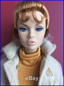 FR INTEGRITY Fashion Royalty POPPY PARKER As Corie Bratter DOLL BAREFOOT IN PARK