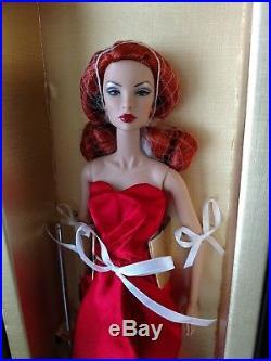Fashion Royalty 2013 Convention Centerpiece Bellissima Natalia Doll NRFB