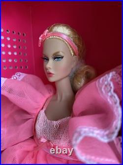 Fashion Royalty Fashion Week Convention Pink Powder Puff Poppy Parker Doll
