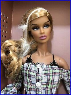 Fashion Royalty Integrity Doll French Kiss Vanessa Perrin Sunkissed Skin NRFB