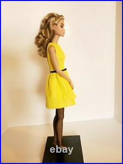 Fashion Royalty Poppy Parker Young Sophisticate Doll. Dressed
