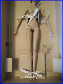 Fashion Royalty Queen of Everything Agnes Nude Doll 2017 Fashion Fairytale
