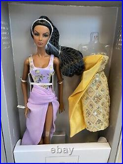 Fashion royalty Ocean Drive Agnes Von Weiss Dressed Doll GiftSet NRB PLEASE READ