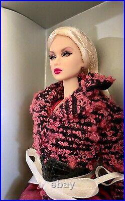 Great Pretender Lilith NuFace 2010 Foundation Collection NRFB MINT