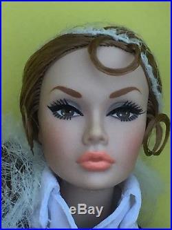 Integrity Toys Model Scene Go See! Poppy Parker Dressed Doll NRFB