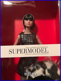 Integrity Toys Poppy Parker Kicks Supermodel Convention Centerpiece Doll NRFB