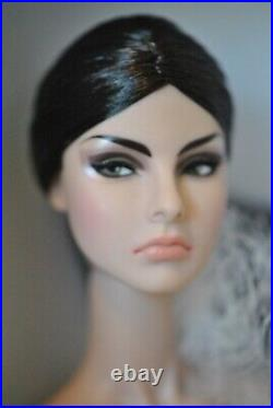 Intimate Reveal Agnes Von Weiss Dressed Doll The 2014 Gloss Integrity Toys Con