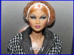 It Girl Magic Colette Duranger NRFB Integrity Toys Nu. Face Collection Off Duty