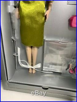 Jason Wu Fashion Royalty Color Therapy Vanessa Perrin Red Auburn Hair Doll NRFB