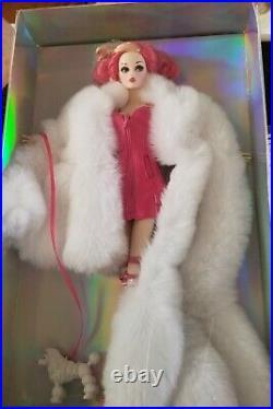 Mizi NRFB, C. O. A. (L. E 180) WILD PINK 12, Shanghai Toy Show WINNER