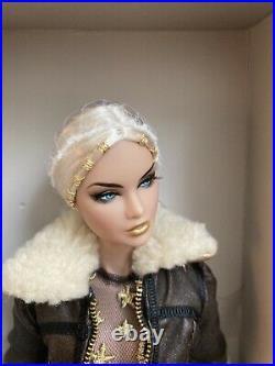 NEW FASHION ROYALTY/INTEGRITY Erin 24K Fairytale Convention Doll