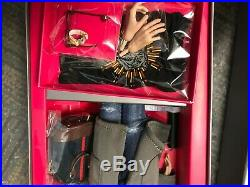 NRFB Hot to the Touch Bellamy Blue Integrity Toys Fashion Royalty INDUSTRY homme