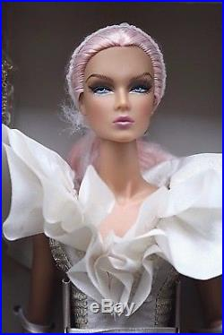 NRFB Public Adoration Eden doll Luxe Life Convention 2018 Integrity Toys NuFace