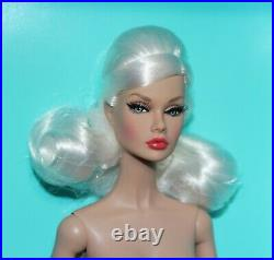 Nude IT 12 Off-Beat Poppy Parker City Sweetheart Doll Box Stand Hands COA