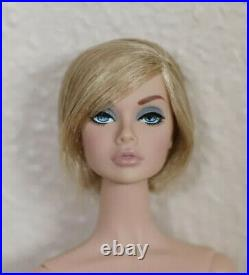 Poppy Parker Fashion Royalty Shes Not There Nude Rare