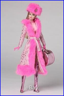 Snow Stopper Poppy Parker NRFB 2018 Integrity Toys Luxe Life Convention LE 450
