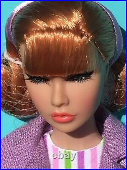 World At Her Feet Poppy Parker Dressed Doll NRFB